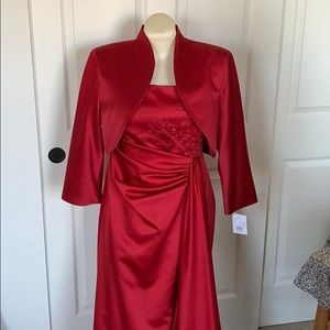 Womens evening or bridal gown